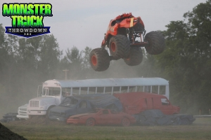 Crushstation-Monster-Truck-Throwdown-2015-005