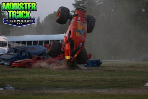 Crushstation-Monster-Truck-Throwdown-2015-010