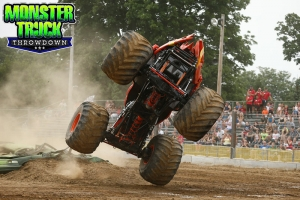 Crushstation-Monster-Truck-Throwdown-2015-011