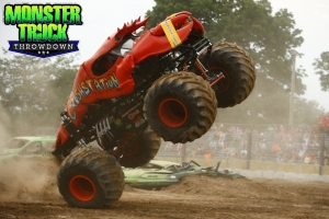 Crushstation-Monster-Truck-Throwdown-2015-013