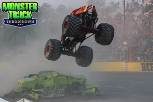 Crushstation-Monster-Truck-Throwdown-2015-020