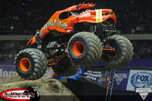 hampton-monster-jam-2014-february1-056