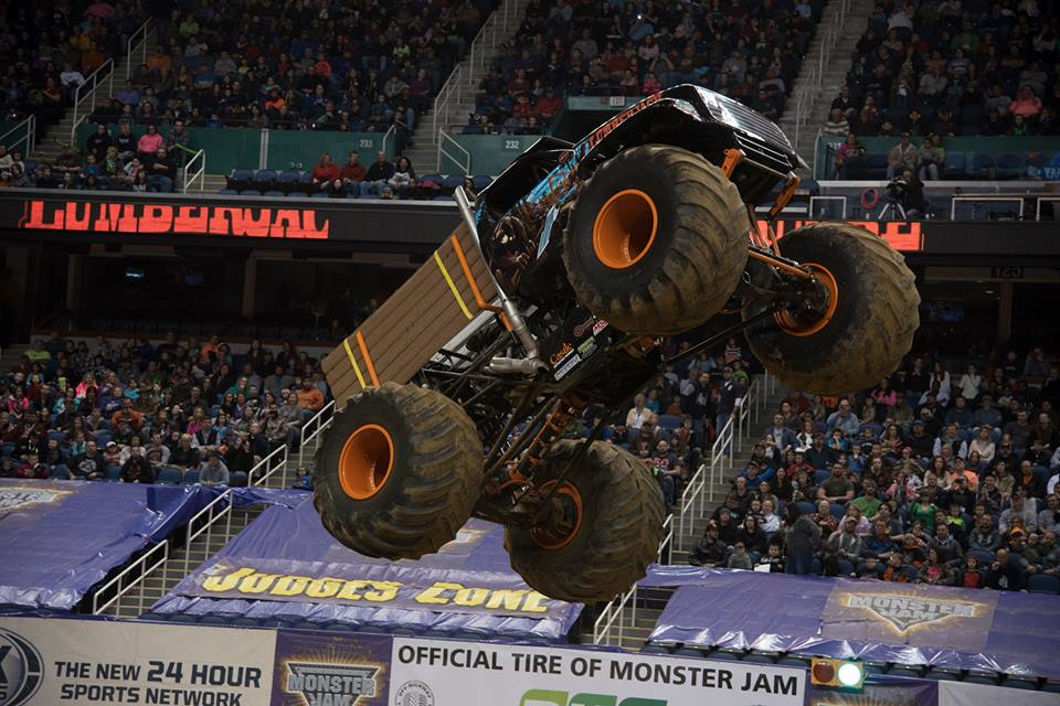 lumberjack-monster-jam-2016